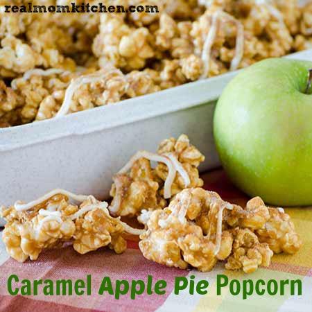 Caramel Apple Pie Popcorn l realmomkitchen.com