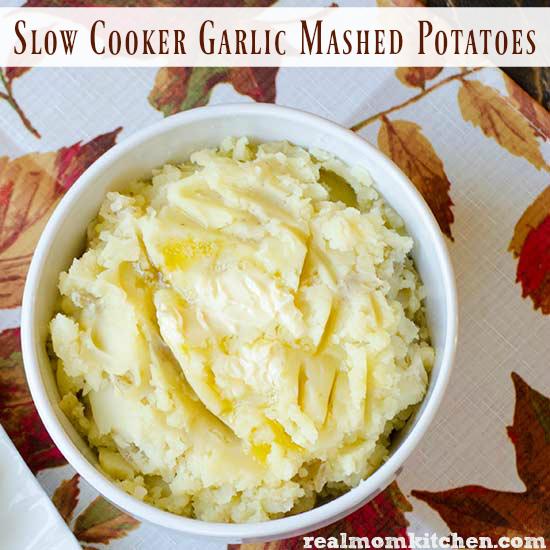 Slow Cooker Garlic Mashed Potatoes   realmomkitchen.com