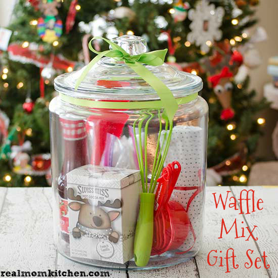 Waffle MIx Gift Set in a Jar - realmomkitchen.com