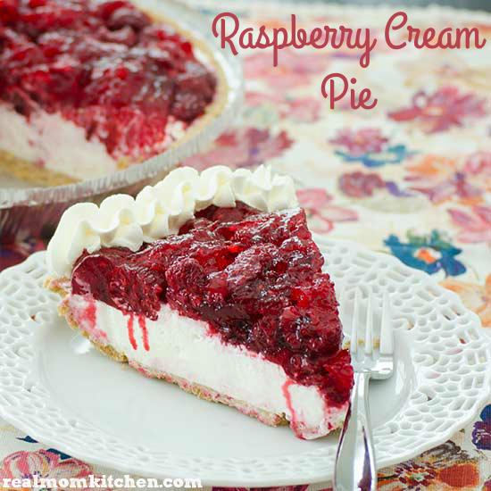 Raspberry Cream Pie | realmomkitchen.com