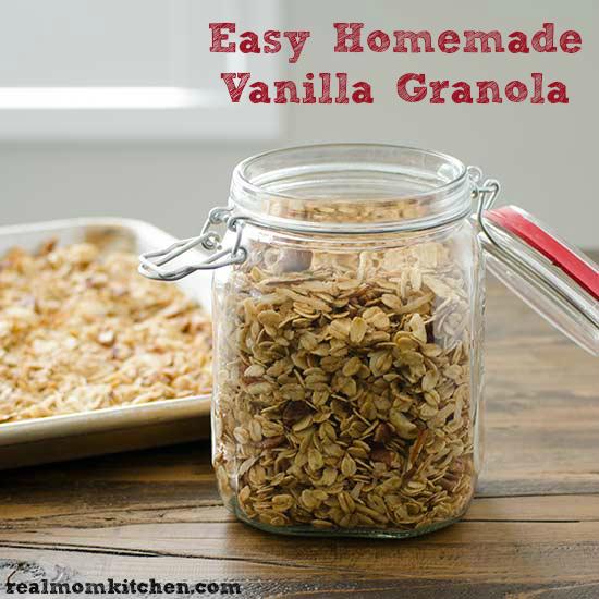 Easy Homemade Vanilla Granola   realmomkitchen.com