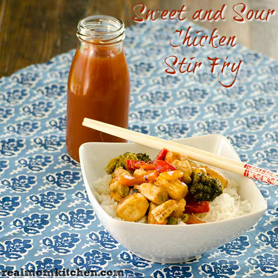Sweet and Sour Chicken Stir Fry | realmomkitchen.com