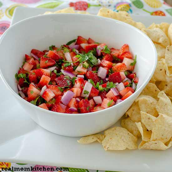 Strawberry Salsa   realmomkitchen.com
