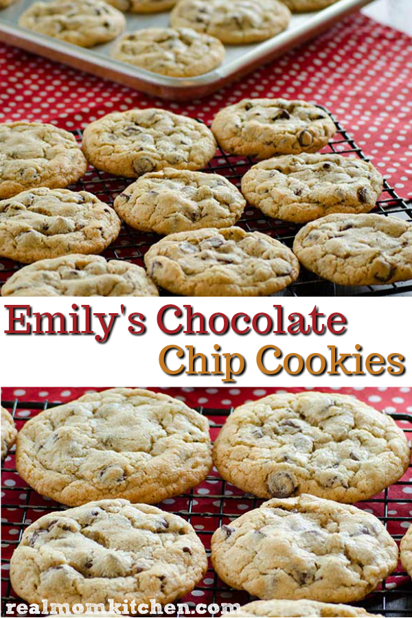 Emily's Chocolate Chip Cookies | realmomkitchen.com